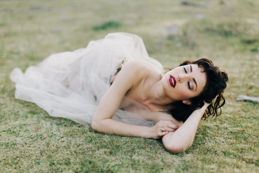 lady-evelyn-dress-18